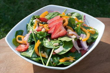Strawberry Onion Spinach Salad